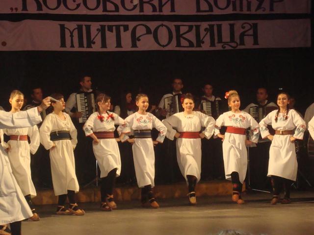 mitrovica-koncert-medunarodnih-folklornih-igara