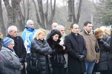 milena-ivanovic-niko-ni-telefon-da-okrene-da-kaze-nesto-o-oliverovom-ubistvu