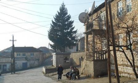 Серија провала и пљачки српских кућа у Ораховцу