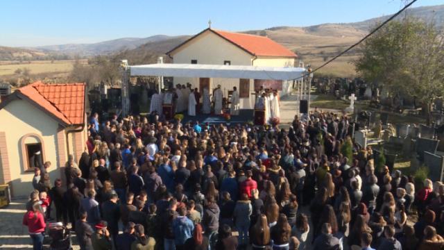 pasjane-vise-od-500-vernika-na-liturgiji-za-praznik-svete-mucenice-bosiljke