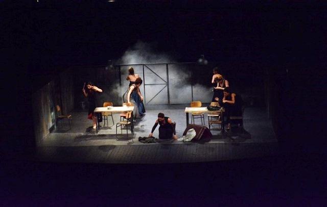 predstava-zene-iz-troje-veceras-u-zvecanu