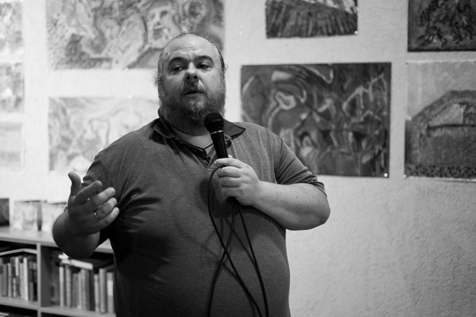preminuo-vasilj-adzic-mitrovicki-multimedijalni-umetnik