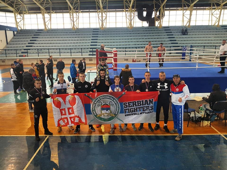 kik-boks-klub-kosovska-mitrovica-osvojio-6-medalja