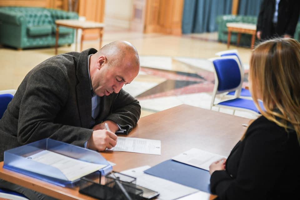 haradinaj-se-registrovao-kao-poslanik-sedmog-saziva-skupstine-kosova