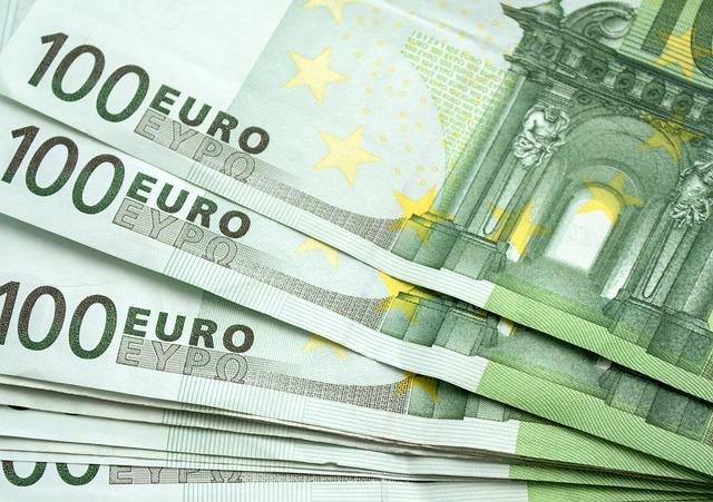 od-danas-prijave-za-100-evra-isplata-vec-od-petka