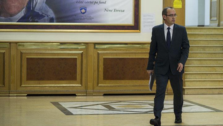 hoti-danas-u-parizu-sa-predsednikom-francuske-makronom