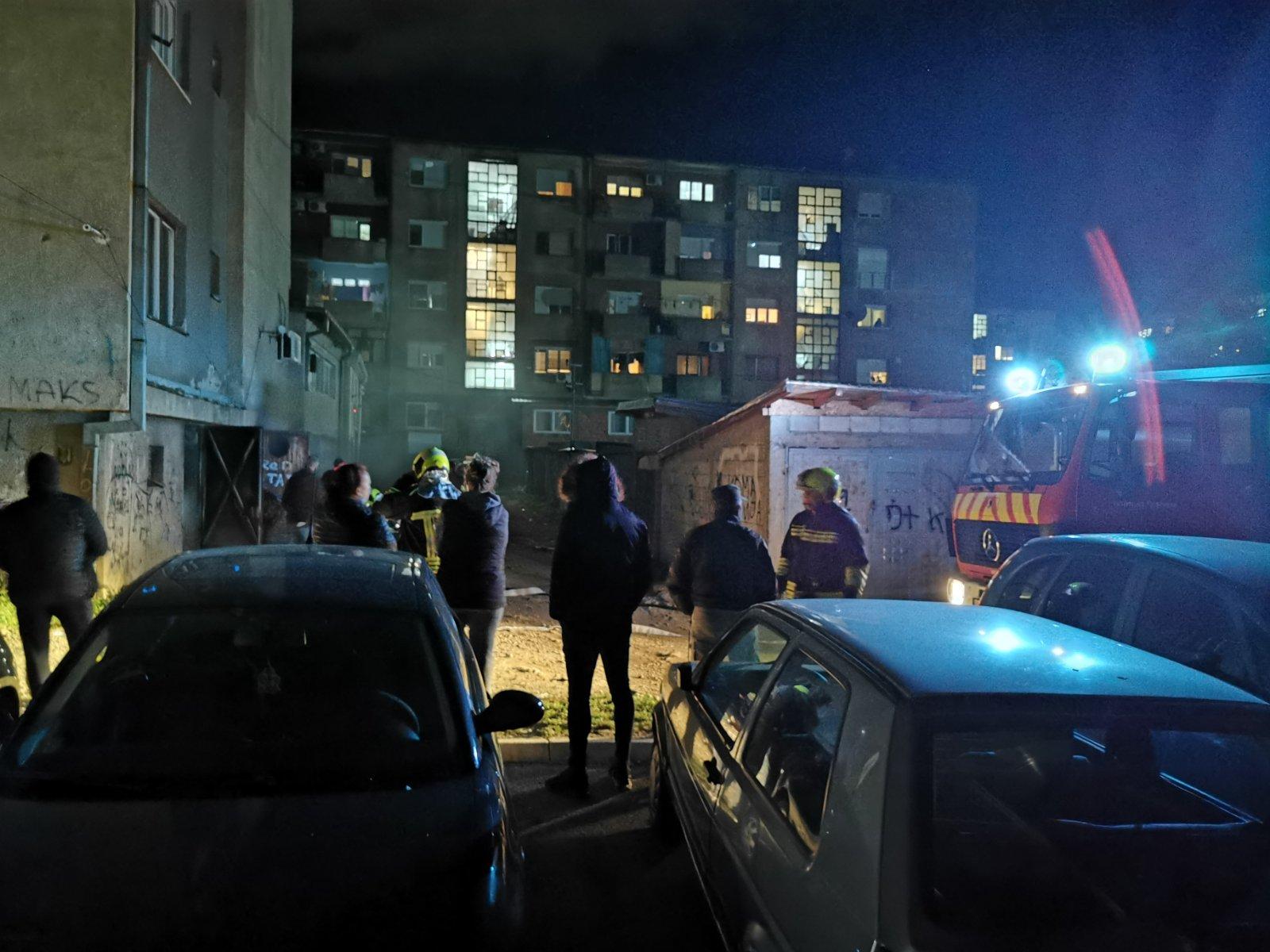 mitrovica-izgoreo-trafo-u-blizini-doma-zdravlja-bez-struje-okolne-ulice