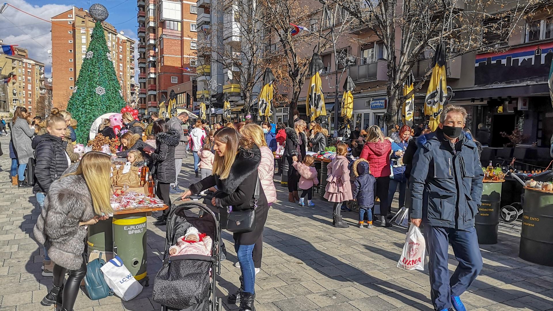humanitarni-bazar-za-maju-cvetkovic-na-mitrovickom-setalistu