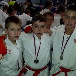 pet-medalja-za-okk-kosovska-mitrovica-na-kupu-srbije-za-poletarce-pionire-i-nade