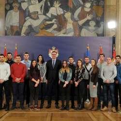 vucic-sa-studentima-sa-kosova-budite-bolji-od-moje-i-prethodnih-generacija