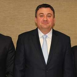 ministar-todosijevic-potpisao-sporazume-o-razumevanju-sa-gradonacelnicima-zvecana-i-zubinog-potoka