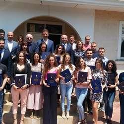 najboljim-studentima-pu-stipendije-fonda-za-mlade-talente