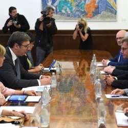 vucic-dogovor-srba-i-albanaca-presudan-za-oba-naroda