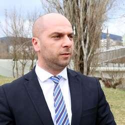 simic-protiv-predloga-zakona-za-formiranje-kosovske-vojske