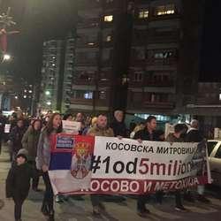 drugi-protest-1od5miliona-za-olivera-protiv-taksi-i-ujedinjenja-mitrovice