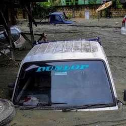 poplave-odnele-89-zivota-u-indoneziji