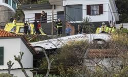 stravicna-nesreca-na-portugalskom-ostrvu-prevrnuo-se-autobus-28-mrtvih