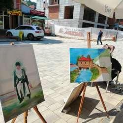 umetnici-danas-stvarali-na-gradskom-setalistu-foto-video