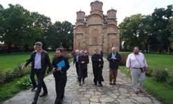 americki-pravoslavni-humanitarci-obisli-manastire-i-gazdinstva-na-kosovu