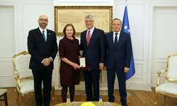 kancelariji-svetske-banke-na-kosovu-medalja-za-doprinos-u-privrednom-razvoju
