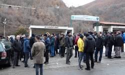 stari-trg-rudari-obustavili-strajk-nakon-potvrde-da-konkurs-nece-biti-ponisten