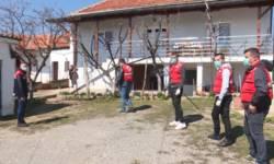 volonteri-crvenog-krsta-gnjilane-pomazu-ugrozenima-u-kosovskom-pomoravlju