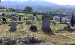 sutra-letnje-zadusnice-bez-organizovanog-prevoza-do-groblja-u-juznoj-mitrovici