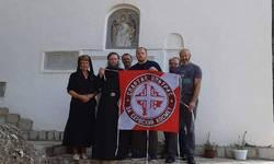 fudbaleri-crvene-zvezde-pomazu-izgradnju-manastira-svete-petke-na-kosovu