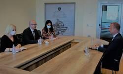 rakic-sa-norveskim-ambasadorom-na-kosovu-o-efikasnijim-opstinskim-upravama