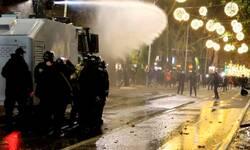 organizator-protesta-u-tirani-pobegao-na-kosovo-pogrebnim-vozilom-3