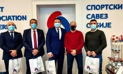 klubovima-na-kosovu-i-metohiji-vredna-oprema-od-sportskog-saveza-srbije