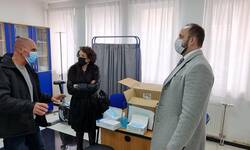 opstina-severna-mitrovica-donirala-zastitnu-opremu-studentskoj-poliklinici