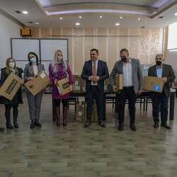 urucena-oprema-obrazovnim-institucijama-u-kosovskoj-mitrovici