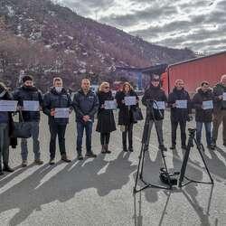jarinje-protest-novinara-zbog-onemogucavanja-ulaska-na-kosovo-ekipi-rts-a