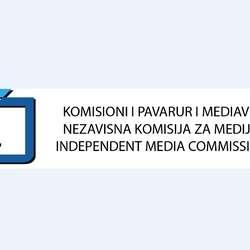 nezavisna-komisija-za-medije-osudila-napad-na-novinara-visara-duricija