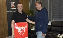 generalni-sekretar-sd-crvena-zvezda-ivan-milojevic-u-poseti-gracanici