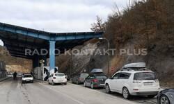 mediji-na-jarinju-napad-bombom-kosovska-policija-demantuje